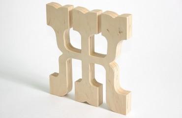 Утолщенные деревянные буквы