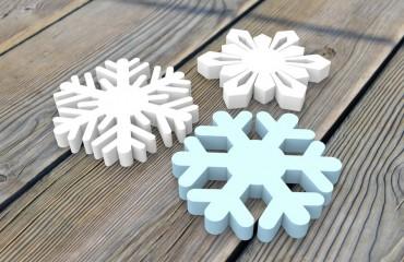 Цветные снежинки из пенопласта 30 мм, d20 см